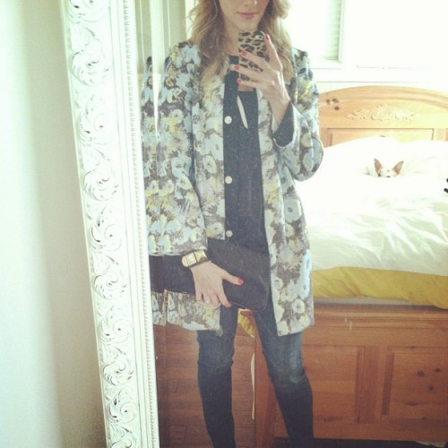 Tonight: @topshop coat + @joie_clothing blouse + @oldnavy jeans + Helmut Lang clutch + @juicy_couture bracelet #ootn