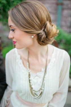 popular-hairstyles:  pretty bun