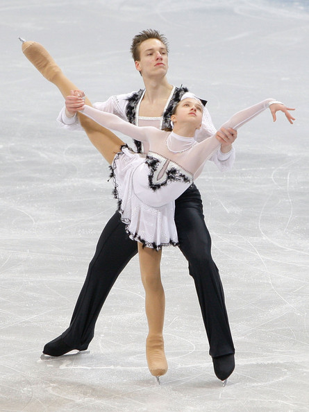 Magdalena Klatka and Radoslaw Chruscinski skating their short program to Swan Lake at the 2011 Junior Worlds.
