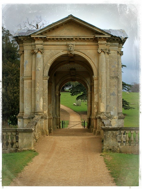Ancient, Palladian Bridge, London photo via rm