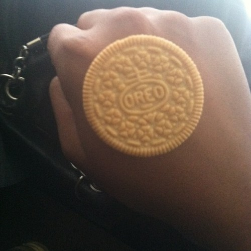 I work hard all week just to enjoy this #love #sweets #cookie #oreo #iphonesia #igers #igdaily #instagood #instalove