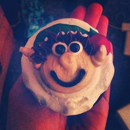 My elf cuuucake courtesy of @jorgieelyse :) #cupcake #elf #christmas #cute #instayum #sweettooth