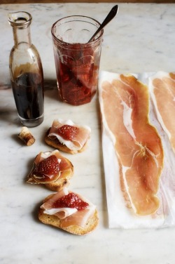 basilgenovese:  Strawberry Preserves & Jamon