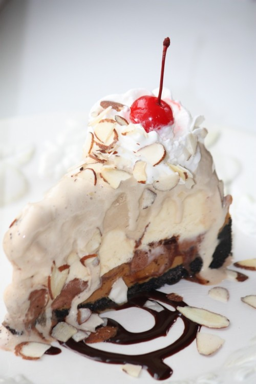 gastrogirl:   ice cream mud pie.