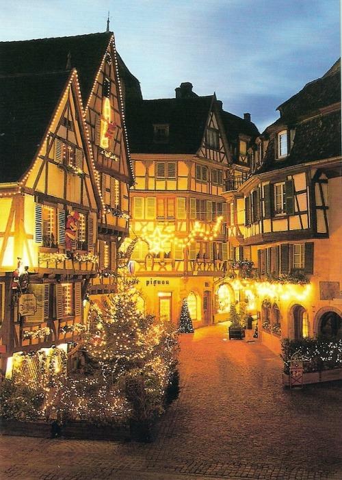 bluepueblo:  Christmas, Colmar, France photo via bilie