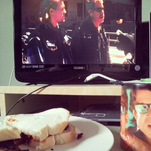 Bacon, a cuppa and Sons of Anarchy to get my day started. #me #baconbutty #cuppa #sonsofanarchy #tv #Sheffield #startofday #3pm #saturday #chilling #room #redwoodoriginal