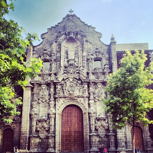 #church #museum #mexico #mexicocity #instamex #mextagram #urban #df #sky #love #instagood #me #tbt #cute #photooftheday #instamood #beautiful #picoftheday #igers #instadaily #iphonesia #follow #tweegram #happy #summer #instagramhub #cartayen #followback  (en República del Salvador)