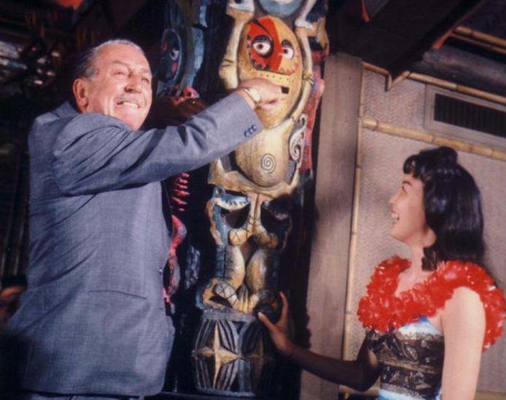 waltdisneydoingfunnythings:  Walt Disney is being devoured alive by an Enchanted Tiki Column!!  #WaltDisneyDoingFunnyThings