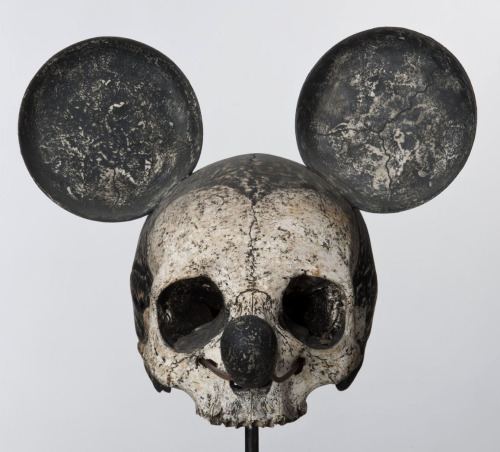 floserber:  Nicolas Rubinstein Mickey is also a rat 2006
