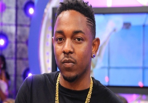 (Video) Oh Boy! Kendrick Lamar Says WHAT About Kanye West's Album Title???inflexwetrust.com When it comes to Kanye West, there's no limit to the amount of air that's in his head. He's beyond con­ceit­ed. I will say this, the Chica­go bred has tal­ent, and the way he went about releas­ing his …