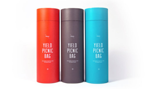 artpixie:  (via Yield Picnic Bag - The Dieline -)
