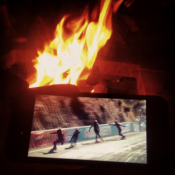 Streaming Newton's Nation IDF World Cup DH from Mt Panorama, Australia to fireside in Providence last night. Congrats to #gform team rider Dalua on 3rd, and to the organizers for what seemed to be an extremely well organized event!