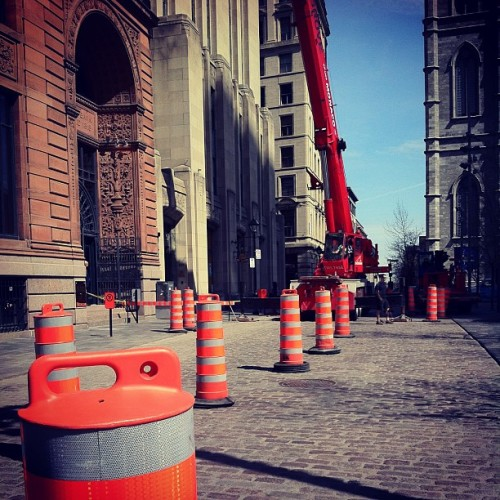 Crane & Cones (at Place d'Armes)