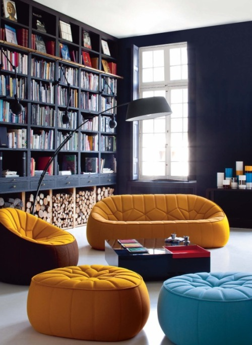 black + mustard (via homedesigning:Book Rack In Living Room)