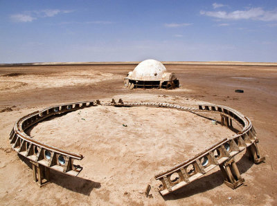 A Photographer Captures The Beauty of Abandoned Star Wars Sets In Tunisia