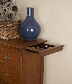 Gentleman's chest with secret compartment drawer
