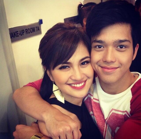 "julielmoftw:  (c) maxx ""tatlo para 'i love you'"" - Elmo Magalona  tatlong tv shows - andres de saya - daldalita - together forever tatlong musical - red mask - wazak - it's complicated tatlong concerts ni julie na guest si elmo.. tatlong taong puno ng saya at kilig :) salamat JuliElmo! salamat Party Pilipinas! :) RedMask medley @ PP take a bow - http://www.youtube.com/watch?v=eL7C-kpH8Wo JuliElmoftw signing out :)"