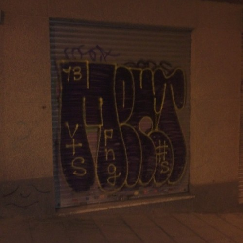 madrink:  #mentos #graffiti #Madrid
