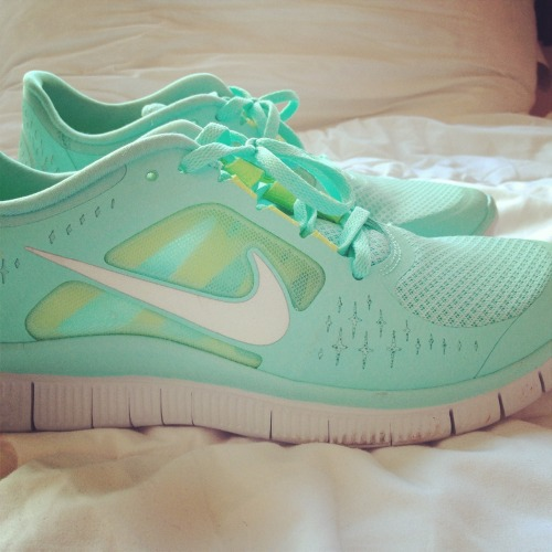 f-itandhealthyy:  So I got Nike free runs….