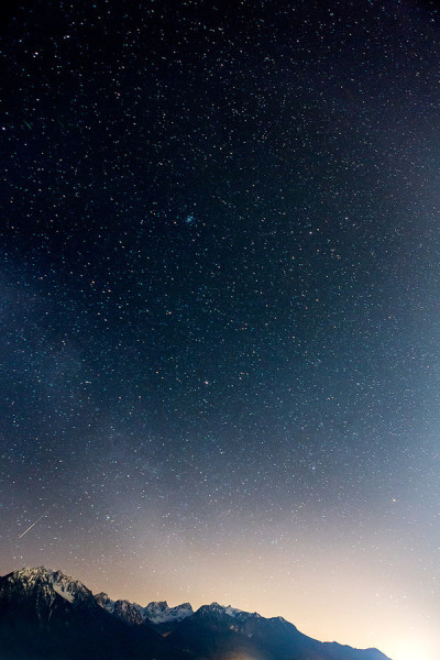 "(via 500px / Photo ""Starry night"" by Alex Teuscher)"
