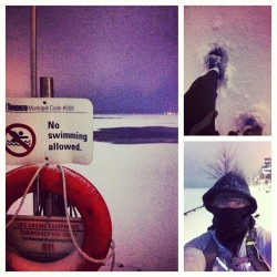 No Swimming. I am tempted.#LakeOntario #winter #Canada #running #dawn (at Corus Quay Boardwalk)