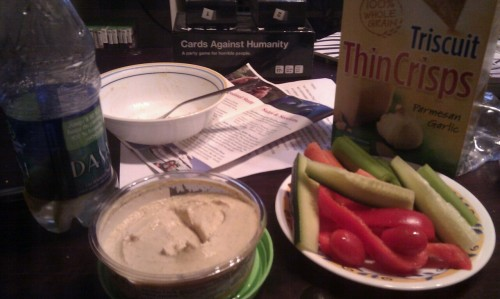 Quick and easy post flexercise dinner… veggies, hummus, and triscuits. Om nom. My abs are dying (in a good way)!