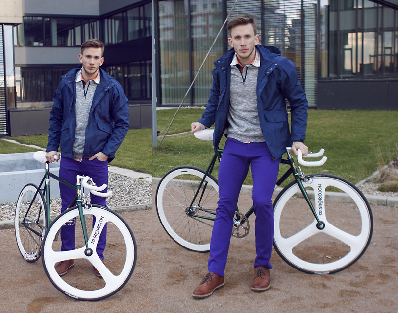 guys on bikes (via Notorious #1 (by George H) - H&M Brick Lane Bike Collection | LOOKBOOK.nu)