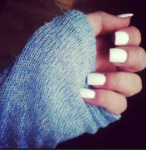 believeintiffanys:  Got my nails done
