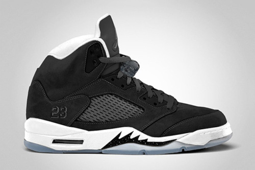 "flykidspiff:  Air Jordan 5 Retro ""Oreo"" This year, Jordan Brand is set to release a variety of Air Jordan Vs in honor of the silhouette's…View Post  #dope sneakerhead #jays"