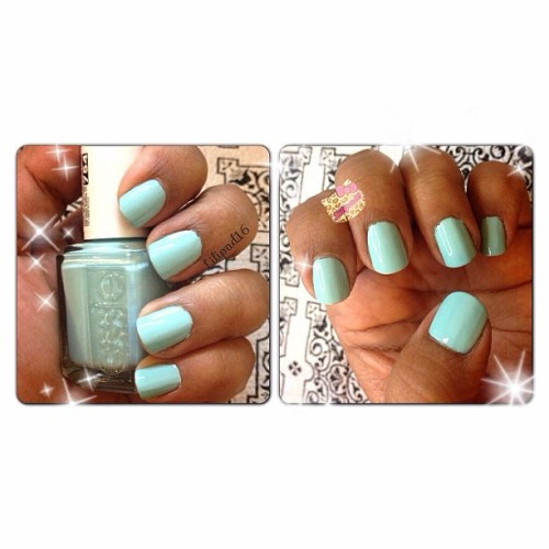 Now I get all the hype over #essie mint candy apple! In love!! So spring!! 😍 #nails #nailsdone #nailsofig #nailartclub #notd #igers #instagold #iphonesia #iphonographie #jj #jj_forum