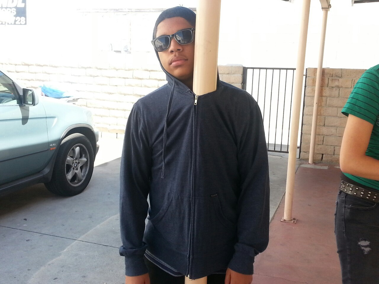 death-by-lulz:  officialtylerperry: THIS KID ZIPPED HIS HOODIE AROUND A POLE AND TOLD THE DEAN HE'S NOT GOING TO CLASS hE'S STILL THERE  This post has been featured on a 1000notes.com blog.