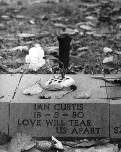 losed:  Ian Curtis headstone