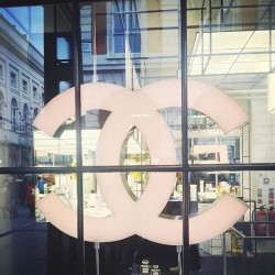 milkteef:  at Chanel at Covent Garden