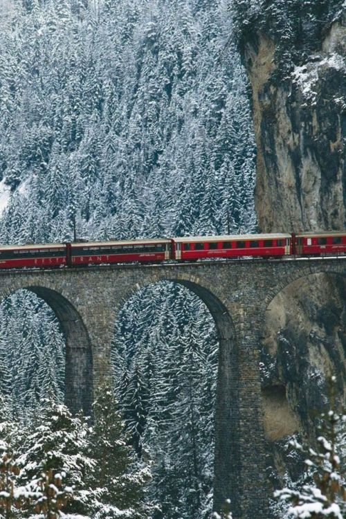 experienced12:  Engadin Valley, Swiss Alps, Switzerland