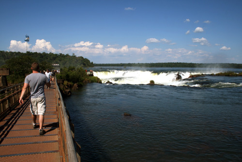 Walking back towards Iguazu Falls, from the Argentinian side.