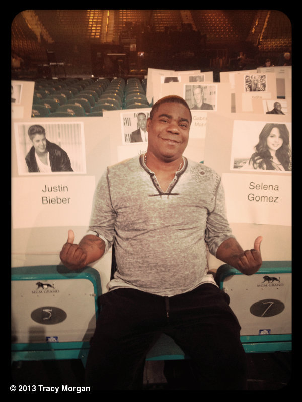 smg-news:  Tracy Morgan: Does this answer your question? @NadieBelieve@billboard Are @Justinbieber and @Selenagomez sitting next to each other?? #BBMA