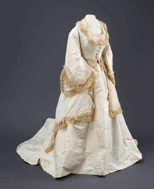 Wedding dress ca. late 1860's From the Hull Museums