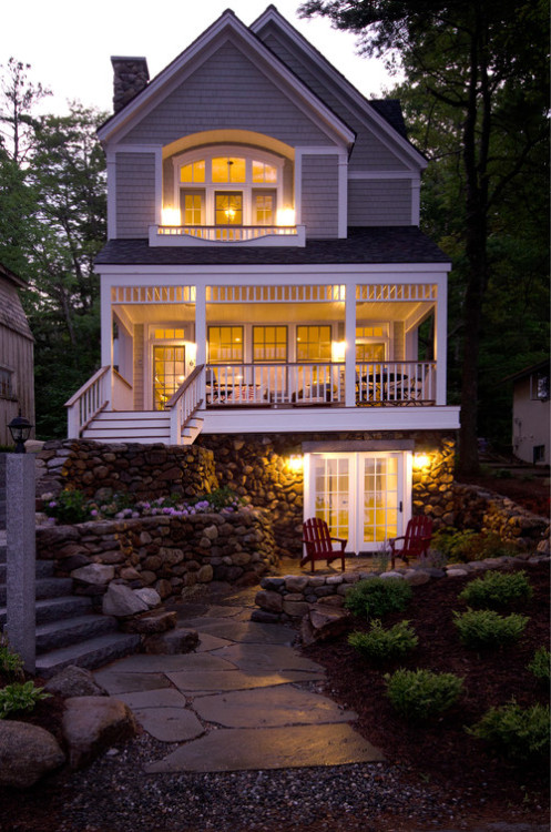 georgianadesign:  Lake Sunapee, NH. Bonin Architects & Associates.