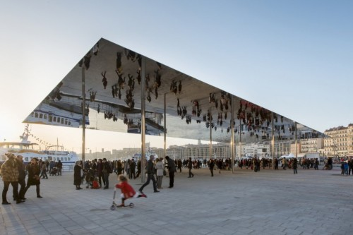 A beautiful structure. (via Ombrière du Vieux Port / Foster Partners | Architecture)