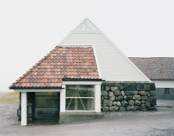 enochliew:  Photographed by Rasmus Norlander The design is experienced in a strange way, unsure if portions of it are old or new extensions, or if it is all constructed at the same time.