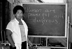 hardcoregurlz:  Caribbean-American writer, poet and activist Audre Lorde lectures students at the Atlantic Center for the Arts in New Smyrna Beach, Florida. Lorde was a Master Artist in Residence at the Central Florida arts center in 1983.
