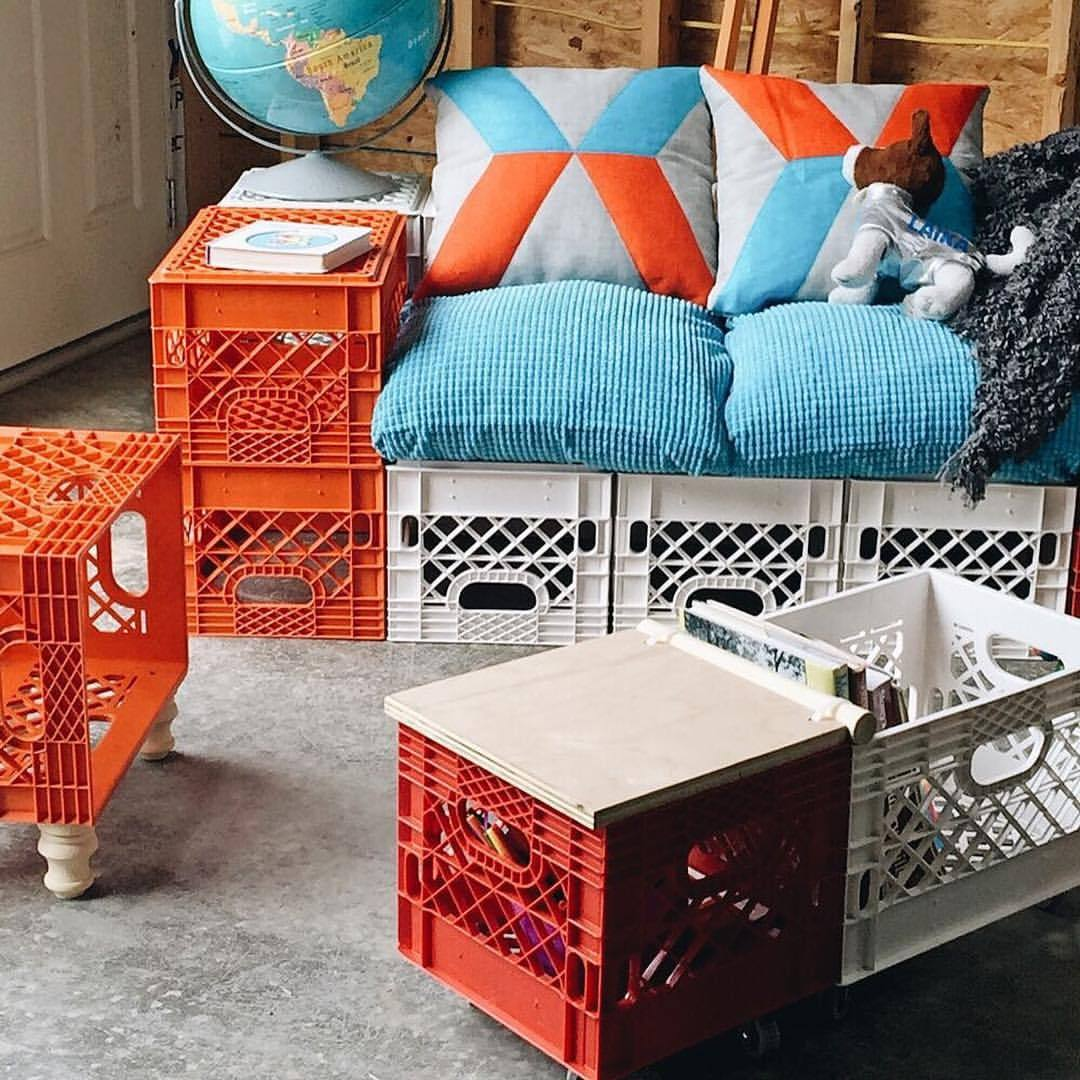 DIY SUNDAY With This Fun Outdoor Furniture Made Out Of Colorful Plastic  Crates 👌☀️