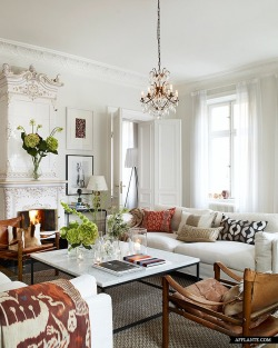 imperiovida:  And now we bring you posh in Stockholm…