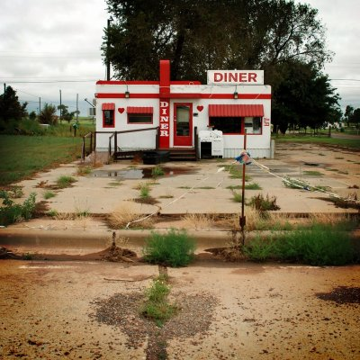 love-lettersanonymous:  Abandoned diner in Estelline, Texas, made in the 1950s by the Valentine Diner Manufacturing Company. Photo by Wade Griffith.