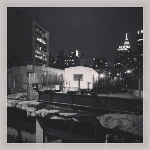 city under construction.  #nyc #newyorker #trailer #rails #buildings (at Jacob K. Javits Convention Center)