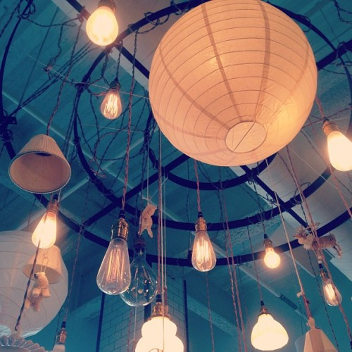 the light fixture in this cafe is amazing #lights