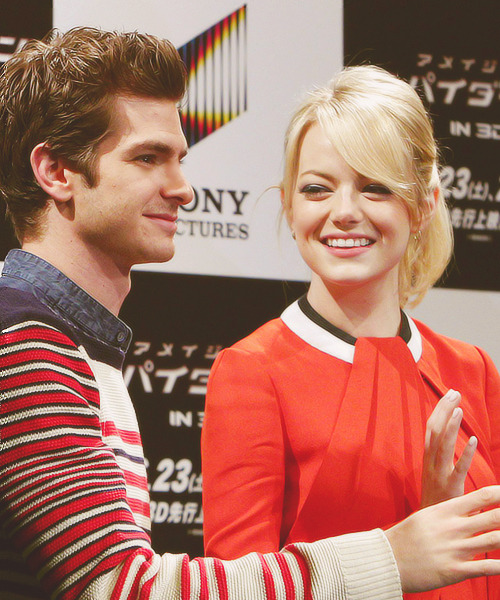 andrewgarfieldisawesome:  5/100+ photos of Stonefield.