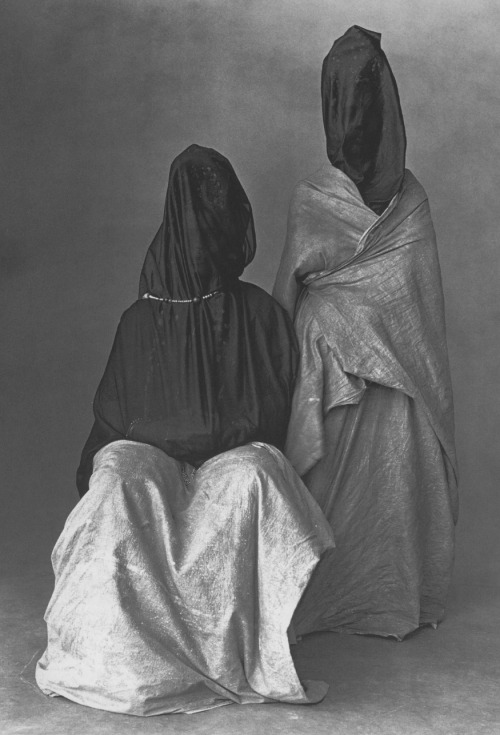 inritus:  Two Guedras, Morocco, 1971. Photographed by Irving Penn.