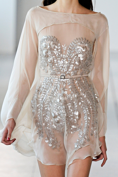 notordinaryfashion:  tinaschoices:  Antonio Berardi