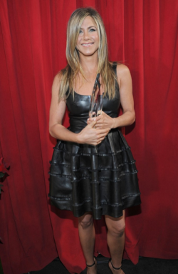 2013 PEOPLE'S CHOICE AWARDS - JENNIFER ANISTON  2013 has sure kicked off with a fabulous start in Hollywood, with the 2013 People's Choice Awards taking place today. The hottest stars in tinsel town attended the event at the Nokia Theatre in Los Angeles and we assure you that there was plenty to see when it came to the hot frocks and shocks in the fashion stakes! Here are the hottest red carpet photos for YOUR viewing pleasure! Image Source: Just Jared